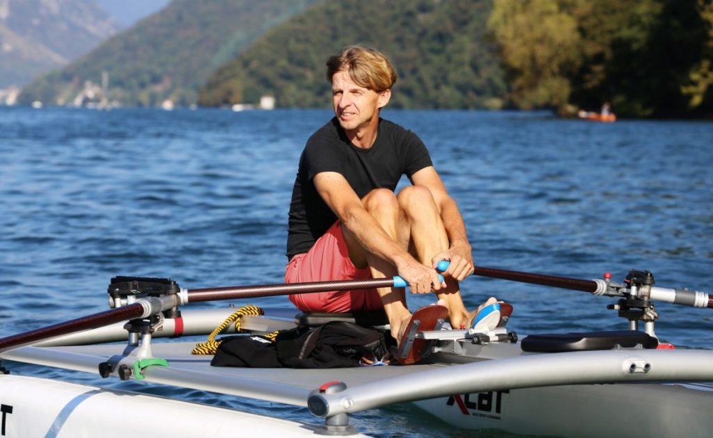 pedal-rowing-mirage-hobie-kayak-triton_2_0