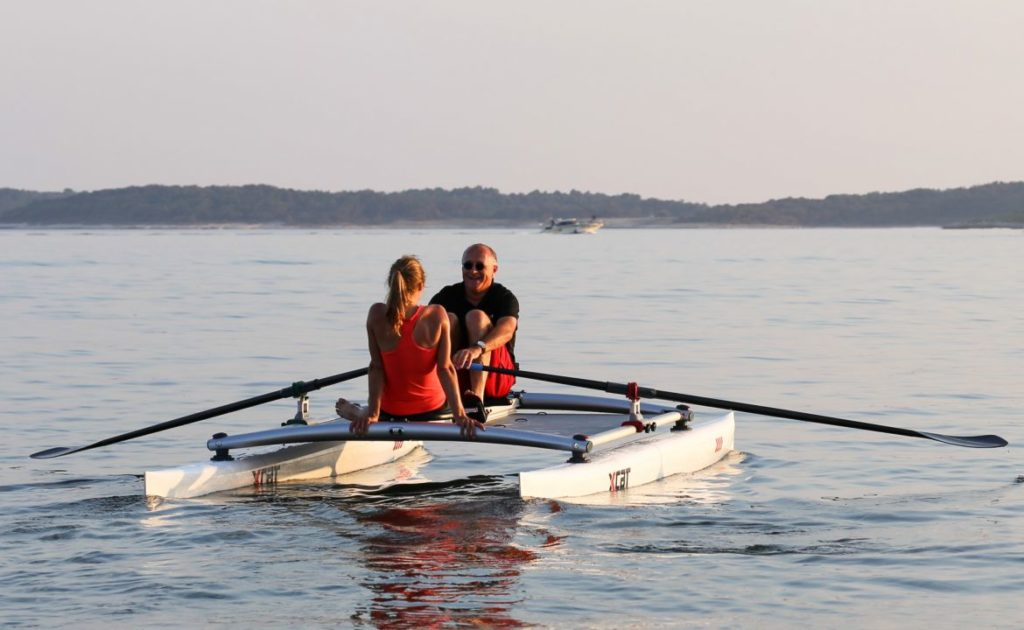 row-rowing-sculling-catamaran-boat-stable_6