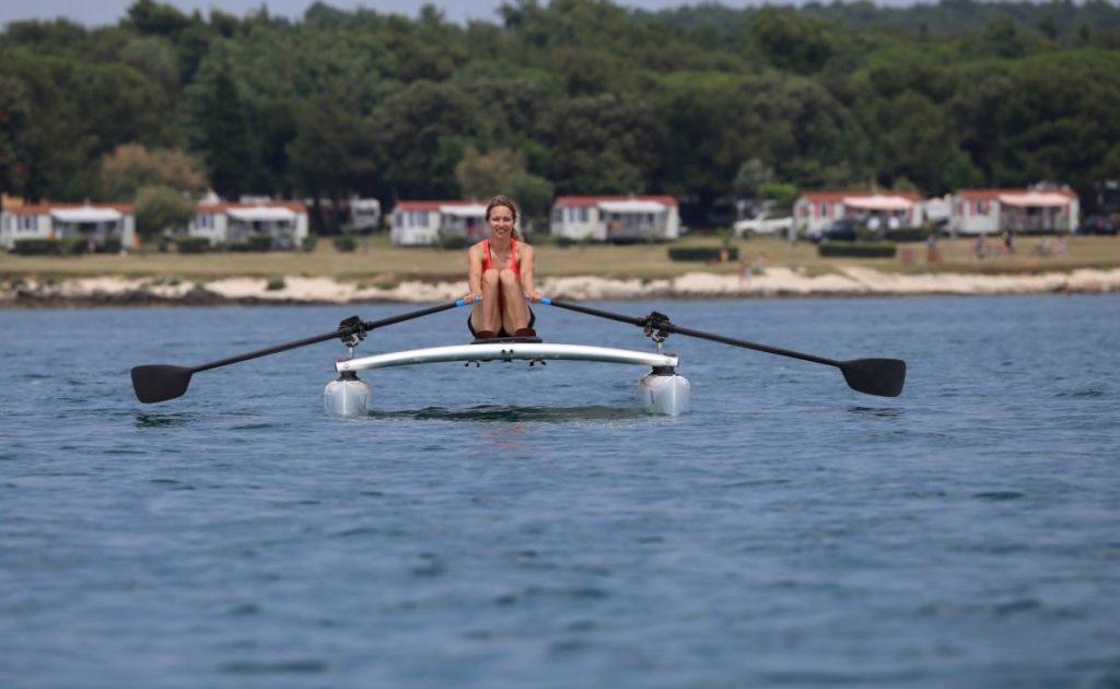 rowvista-row-catamaran-forward-sculling-front_7