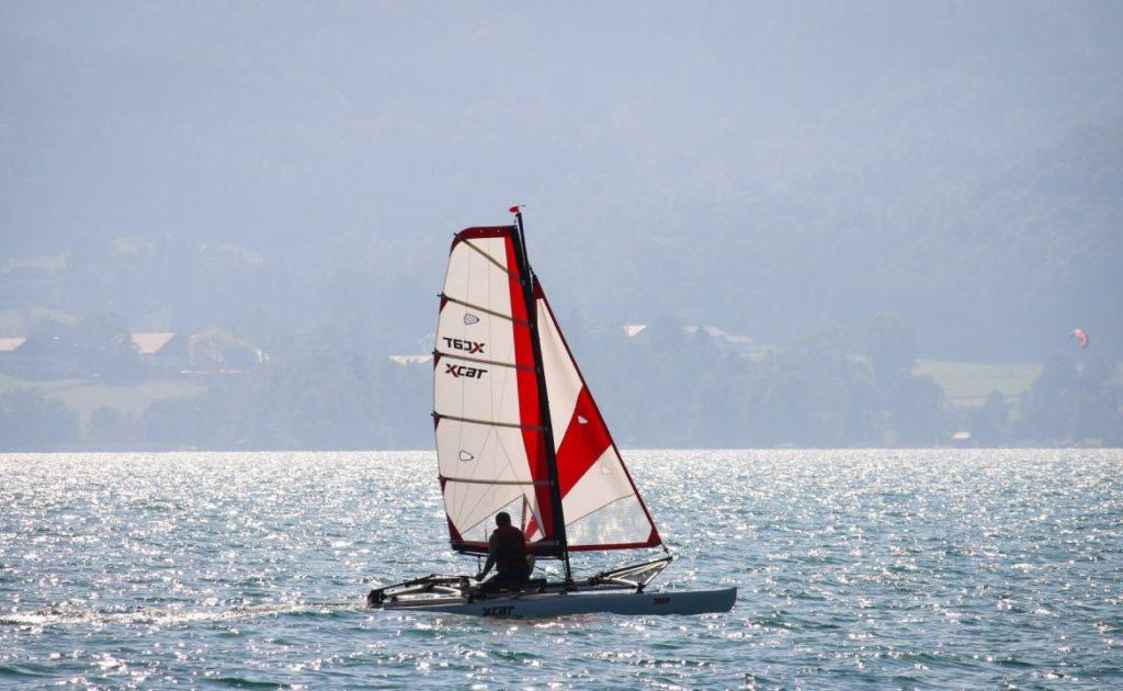 sailboat-catamaran-portable-car-roof-toppable_5
