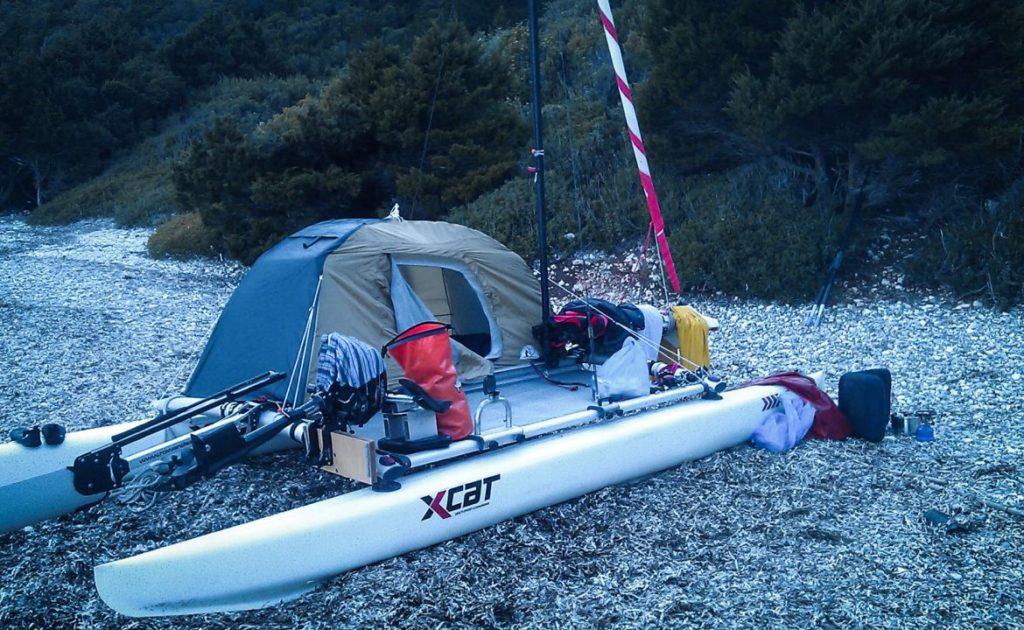 xcat-catamaran-inflatable-beach-daysailer-boat_1