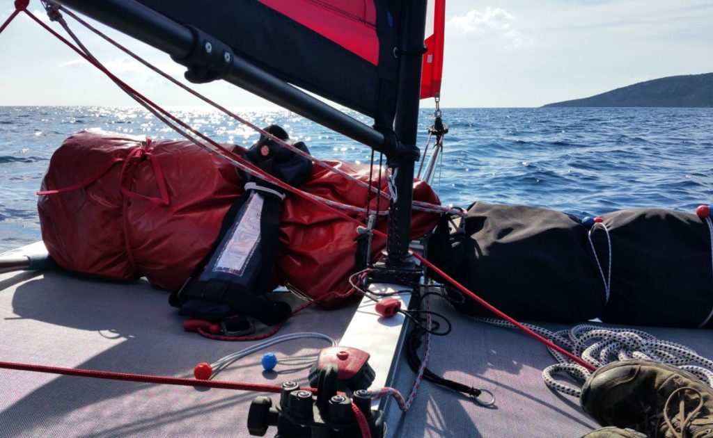 xcat-catamaran-inflatable-beach-daysailer-boat_2