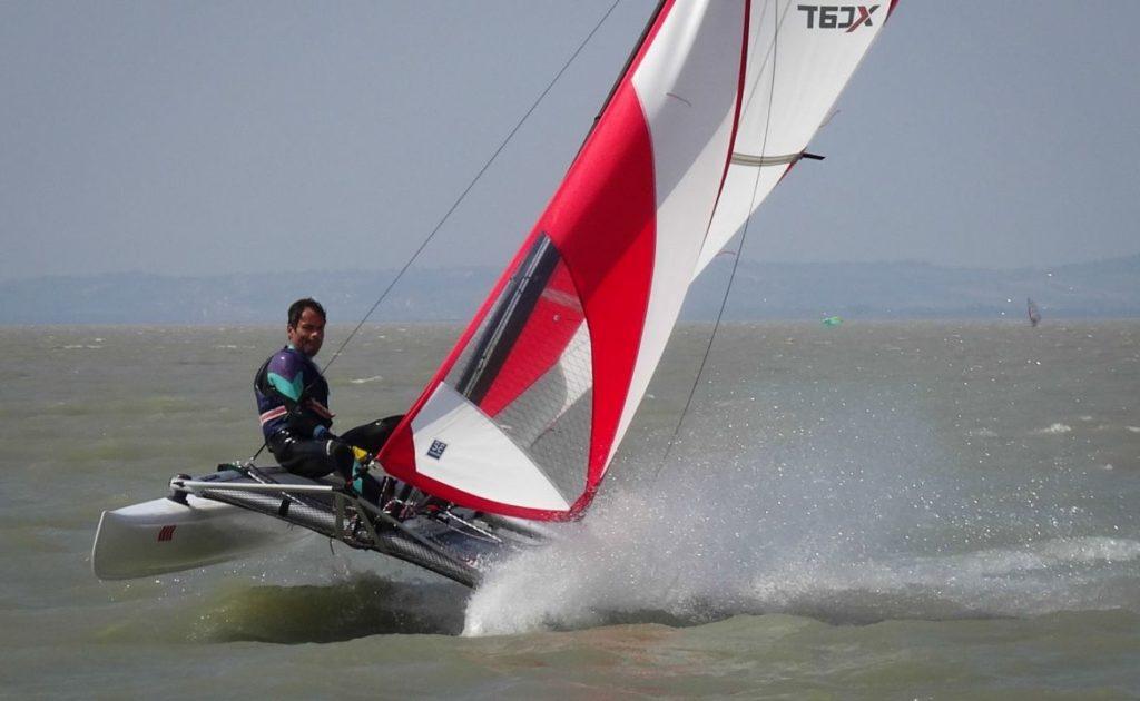 xcat-catamaran-inflatable-beach-daysailer-boat_8